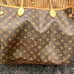 Louis Vuitton tote bag - authentic. Used. Fair.